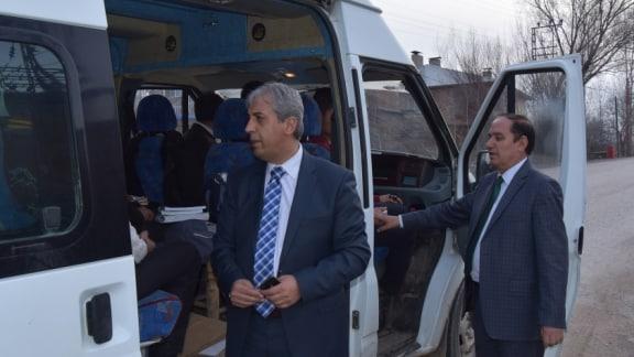 Ahlat İlçe Milli Eğitim Müdürü Öğrenci Servislerini Denetledi