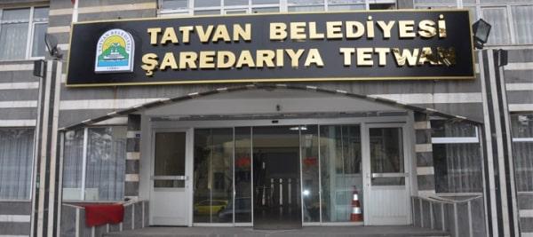 Ak Partili Tatvan Belediyesi İki Dilli Tabelaya Geçti