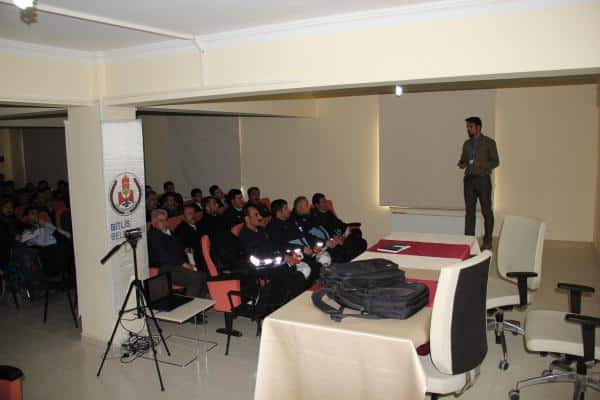 Bitlis Belediyesi İş Sağlığı ve Güvenliği Semineri Düzenledi