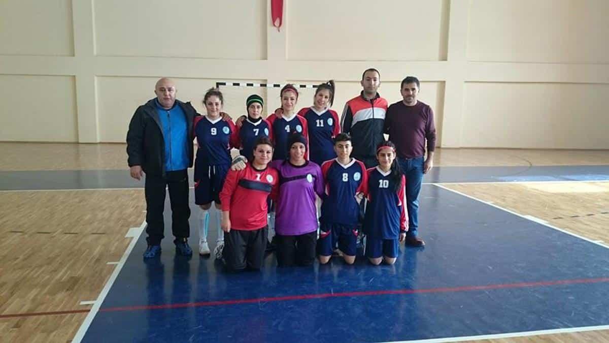 Bitlis Eren Ünilig Futsala Galip Başladı