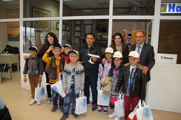 Bitlis'li Öğrenciler Tekirdağ'a Geziye Gönderildiler