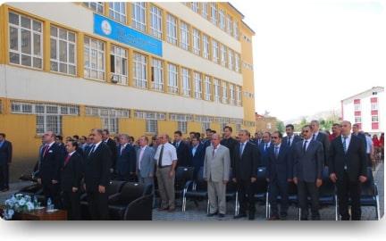Bitlis'te Yeni Eğitim Öğretim Yılı Açılış Töreni Yapıldı