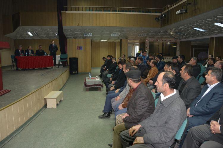 Güroymak'ta Esnaf ve Çiftçilere Bilgilendirme Toplantısı Yapıldı