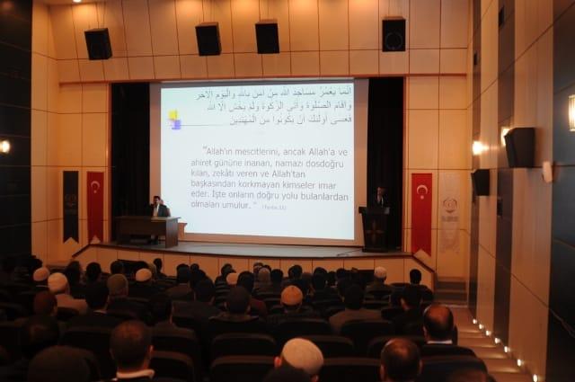 Hizan'da Camiler ve Din Görevlileri Haftası Düzenlendi