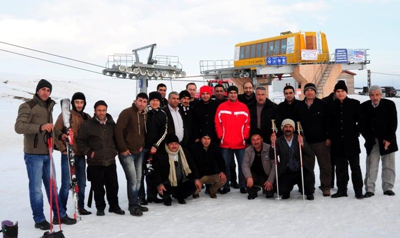 Hizanlılar Kayak Merkezinde Bir Araya Geldiler