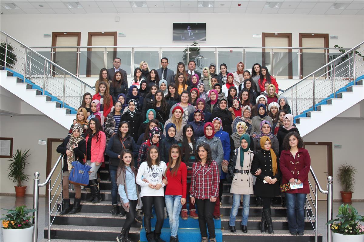 Lise Öğrencileri Bitlis Eren Üniversitesi'ni Gezdiler
