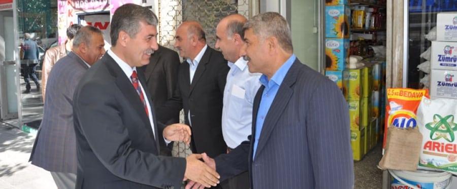 Tatvan Belediye Başkanı Esnafları Ziyaret Etti
