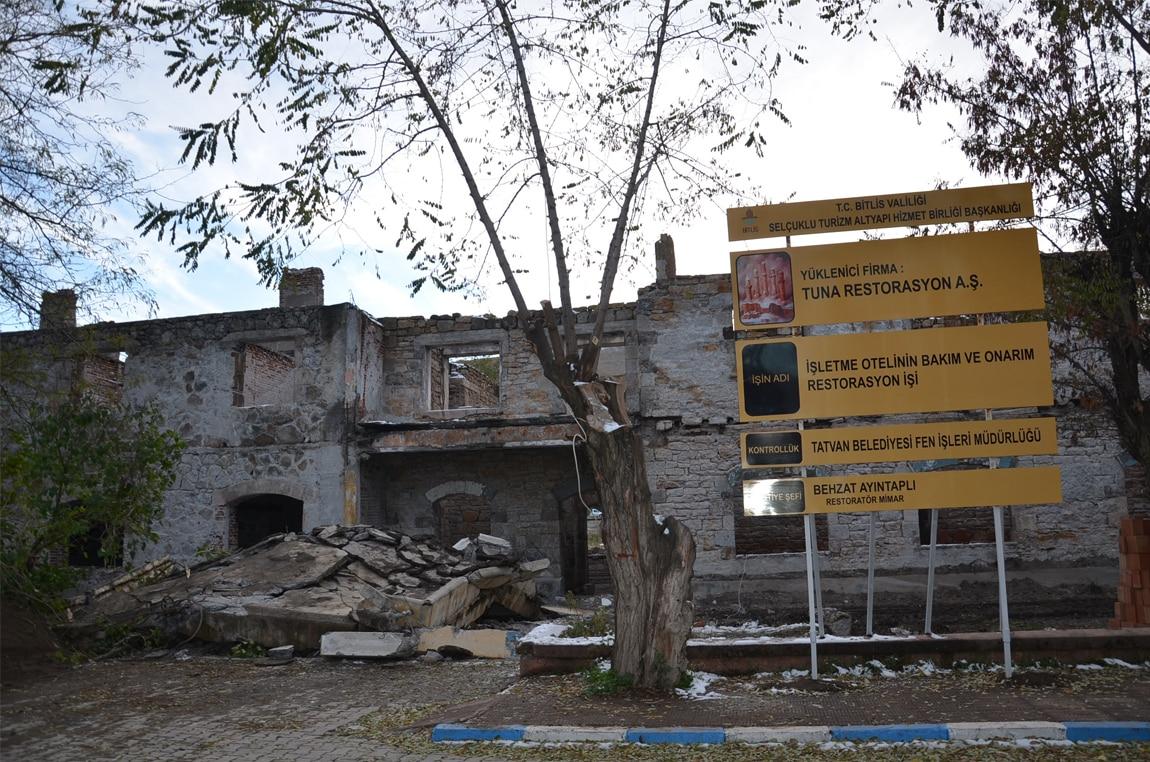 Tatvan Belediyesi İşletme Oteli İhalesi Hakkında Açıklama Yaptı