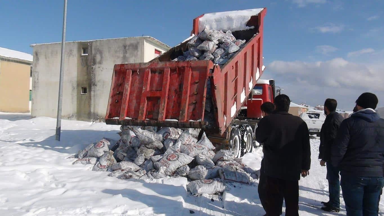 Tatvan'da 18 Bin Ton Kömür Yardımı Yapıldı