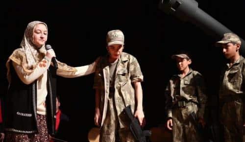 Asım'ın Nesli, Mehmet Akif'i yâd etti