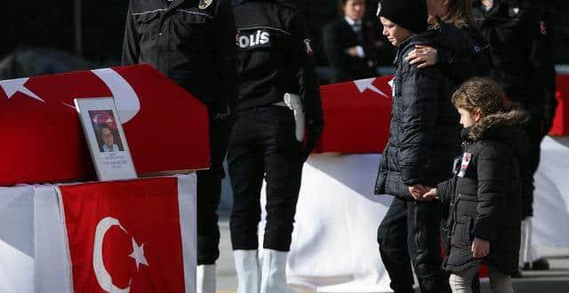 Beşiktaş'taki terör saldırısında şehit olan Vefa Karakurdu'nun kızı Duru'nun psikolojisini annesi anlattı