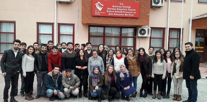 BEÜ Yaşam Kulübü öğrencilerinden örnek ziyaret