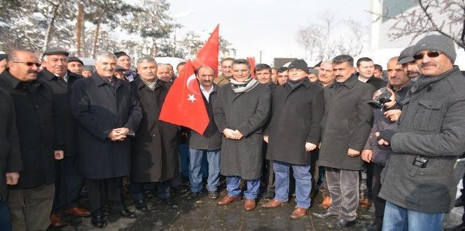 """Bitlis'te """"teröre karşı milli birlik"""" mitingi"""