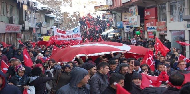 Bitlis'te teröre lanet mitingi