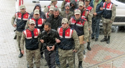 PKK propagandası iddiasıyla gözaltına alınan 10 kişi serbest bırakıldı haberi