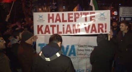 Rusya Büyükelçiliği önünde Halep protestosu haberi