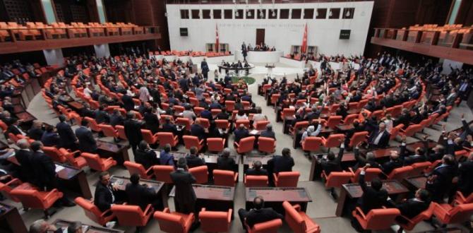 Tutuklu HDP'lilerin fotoğrafları kaldırıldı!
